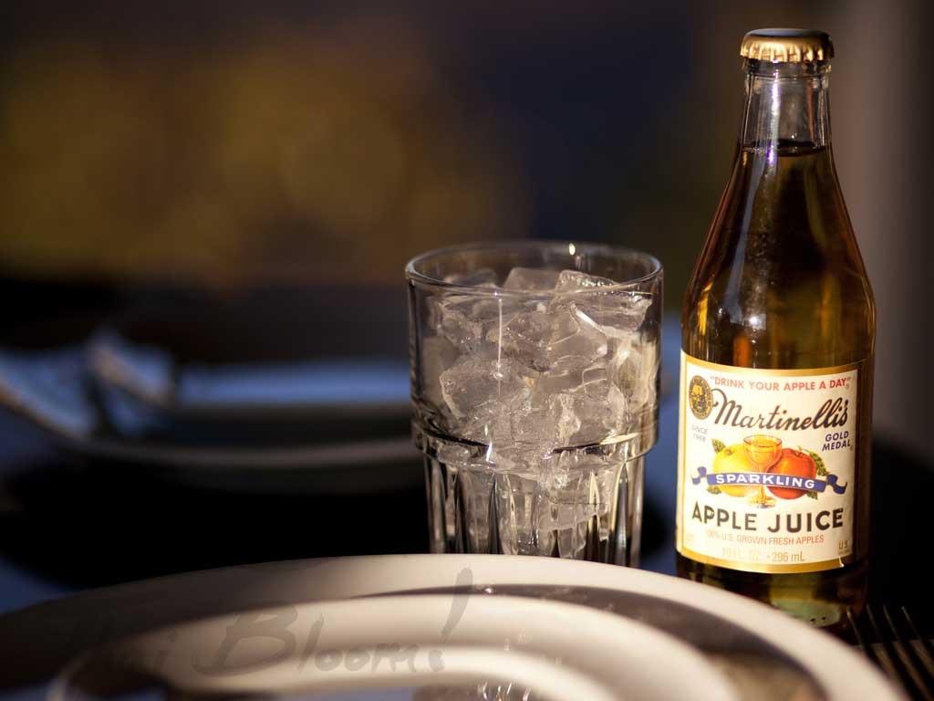 Martinelli S Sparkling Apple Juice Thai Bloom